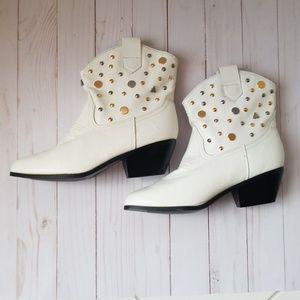 Aj Valenci studded ankle boots (8.5M)